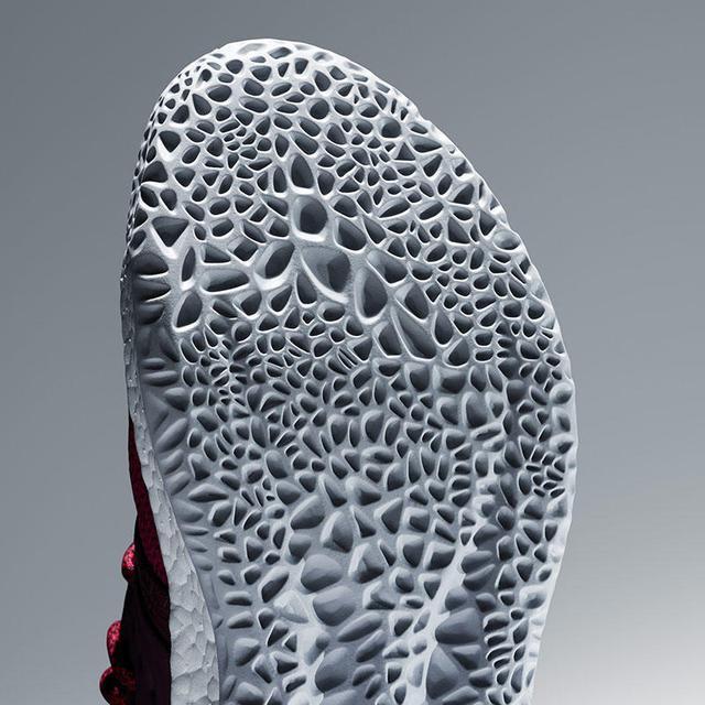 盤點一下最近熱門鞋款的一些缺陷-10.jpg