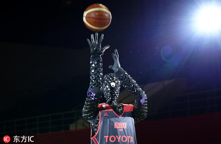 豐田汽車公司造出機器人版櫻木花道 罰球命中率100%-5.jpg