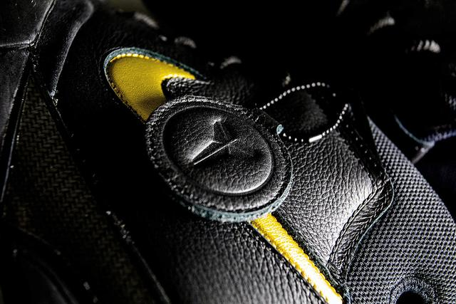 "NikeZK1""Mamba Day""開箱及實戰測評-5.jpg"